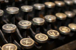 Per què els guions de cinema estan escrits en Courier?