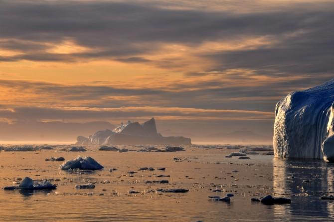 Per què flota el gel?