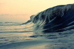 Com es formen les ones del mar?