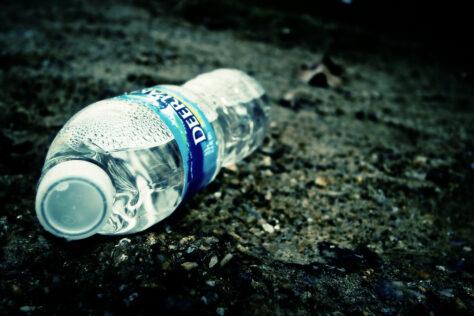 Les ampolles d'aigua no es poden reomplir perquè produeixen càncer
