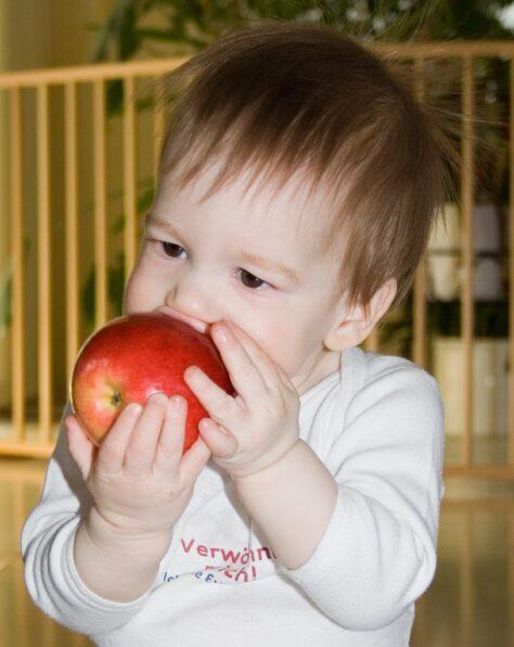 Les pomes són més eficients que el cafè per despertar-se pel matí