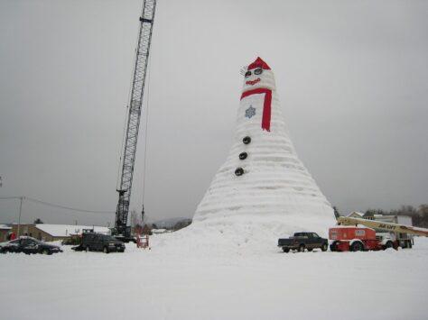 El ninot de neu més alt del món!